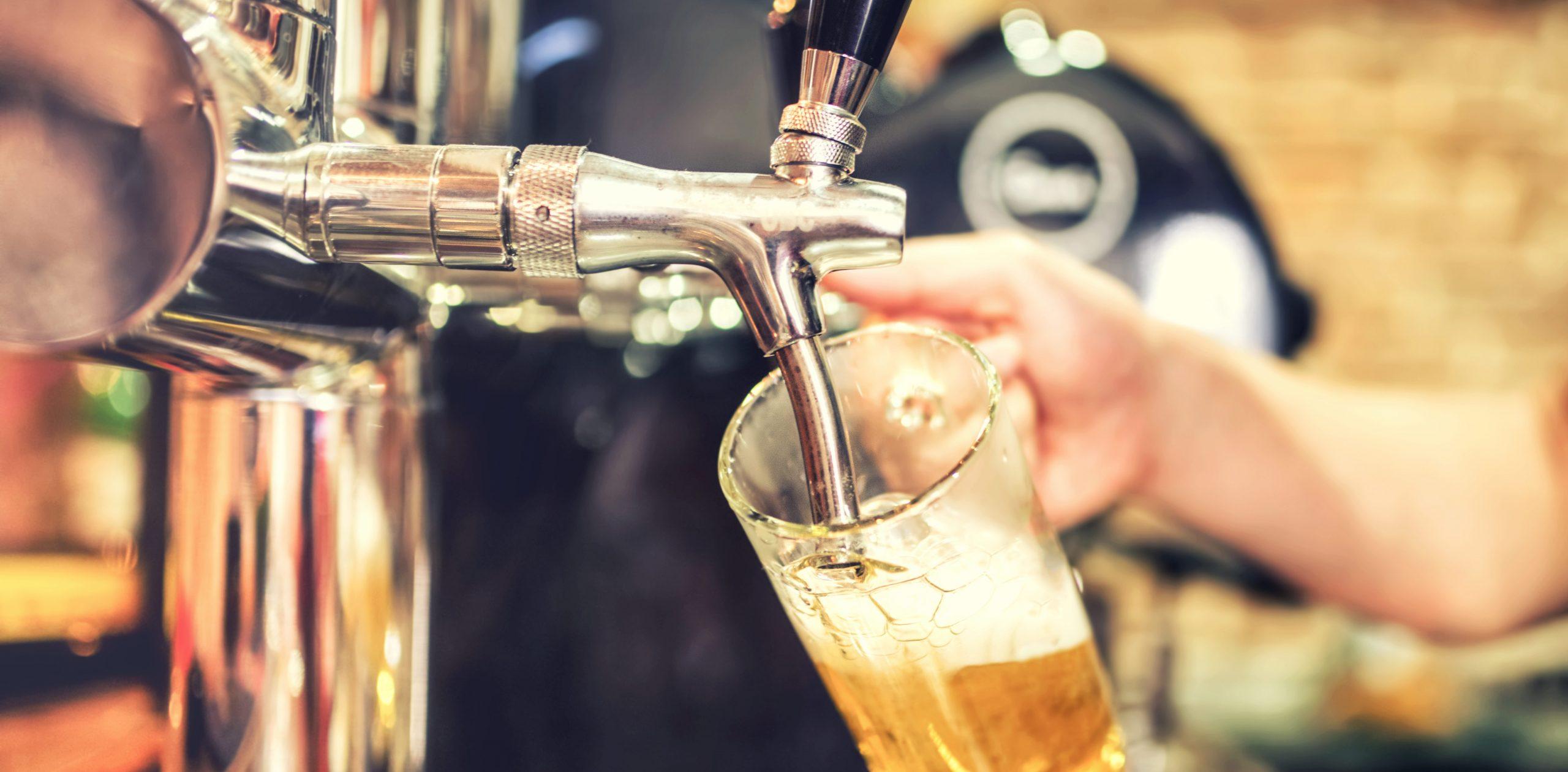 Sempre più Italiani al ristorante scelgono la birra